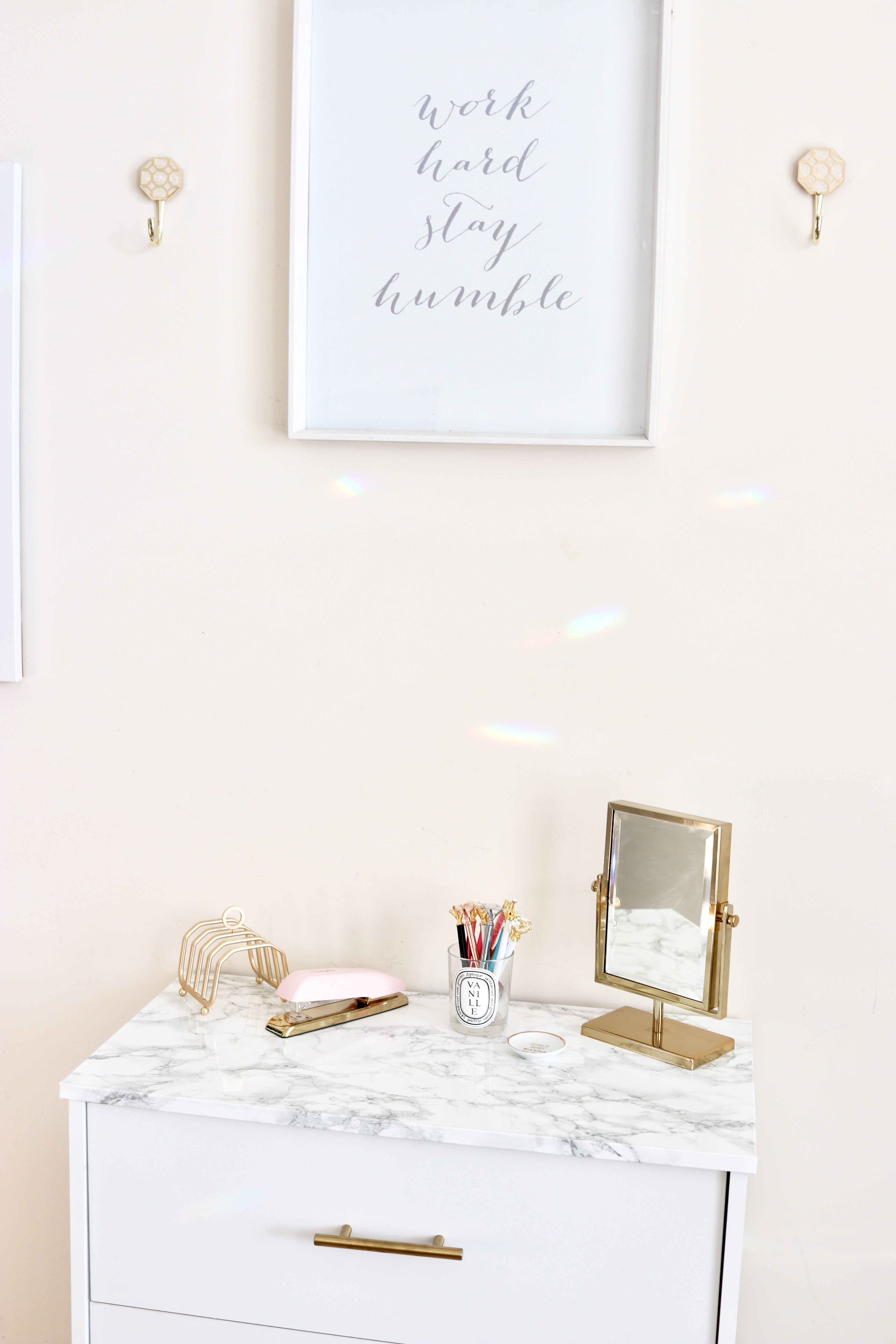glam office set up
